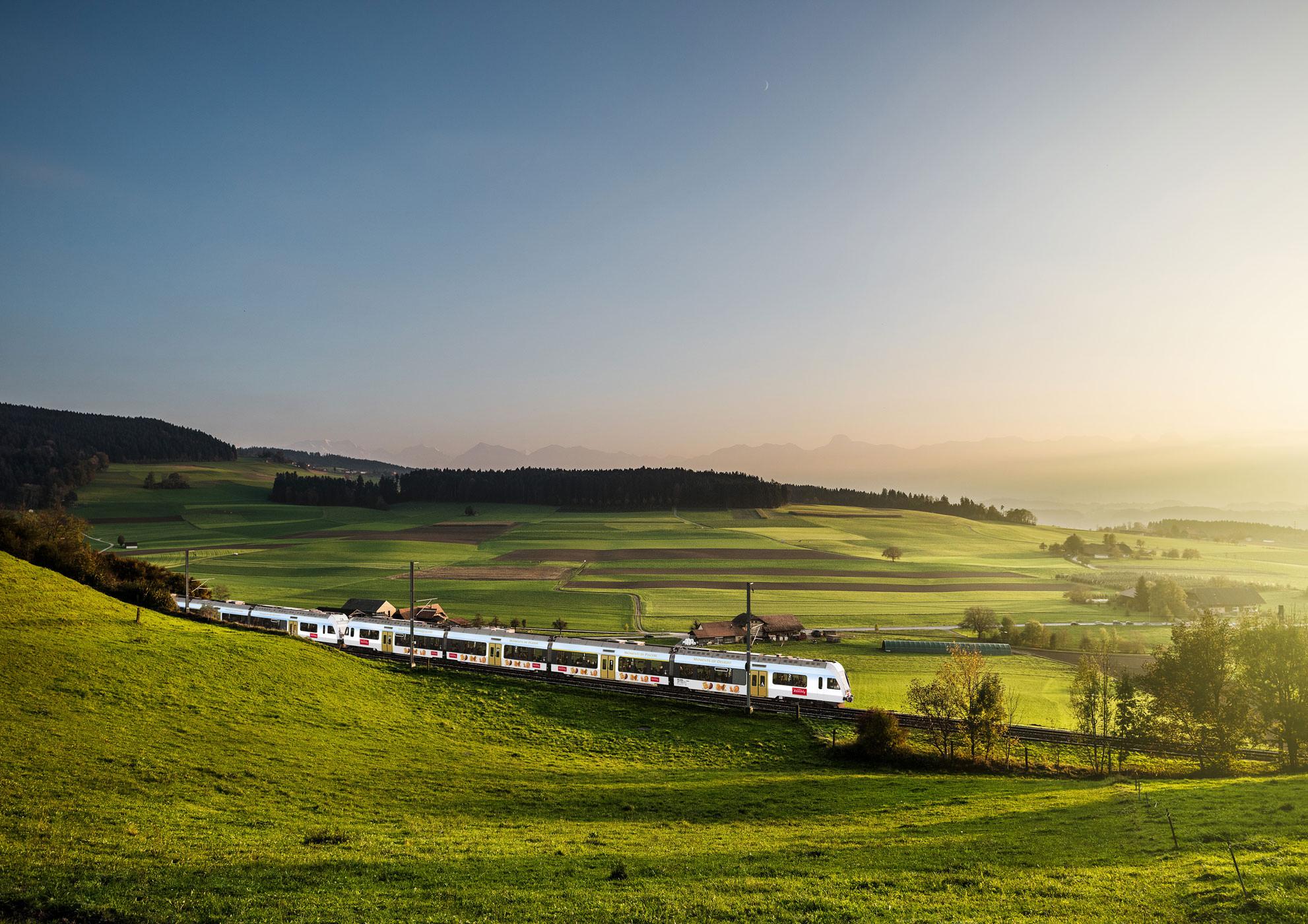 kambly-im-Kambly-Zug-unterwegs