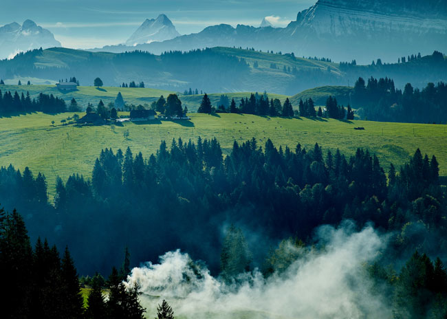 kambly-landschaft-nebel-So-schoen-ist-das-Emmental
